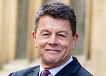 Nigel-Barnes_2021.jpg